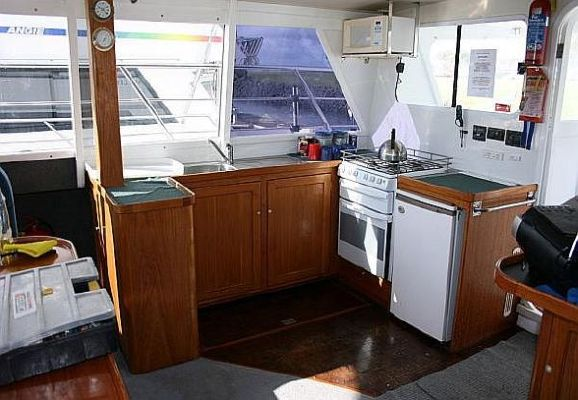 1997 tennant 14m catamaran  10 1997 Tennant 14m Catamaran