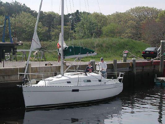 Beneteau 281 1998 Beneteau Boats for Sale