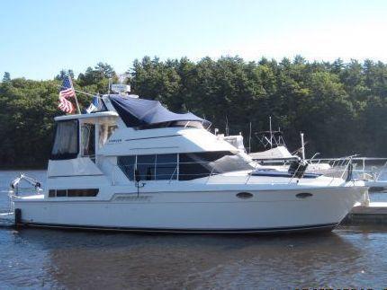 Carver 400 Cockpit Motor Yacht 1998 Carver Boats for Sale