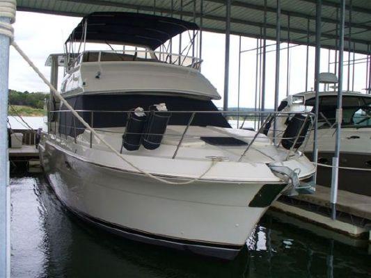 Boats for Sale & Yachts Carver 405 Aft Cabin 1998 Aft Cabin Carver Boats for Sale