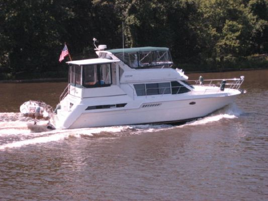 Carver 405 Motoryacht with diesels 1998 Carver Boats for Sale