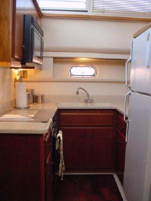 1998 carver 445 aft cabin  22 1998 Carver 445 Aft Cabin