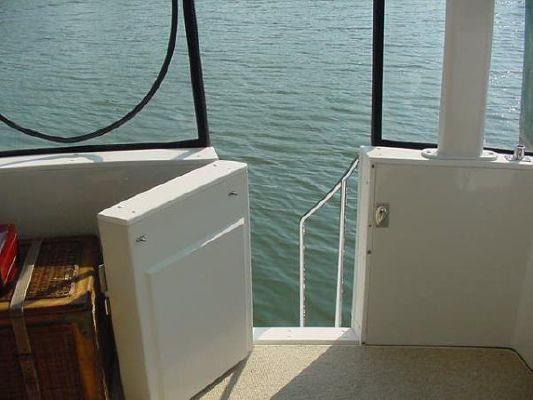 1998 carver 445 aft cabin  8 1998 Carver 445 Aft Cabin