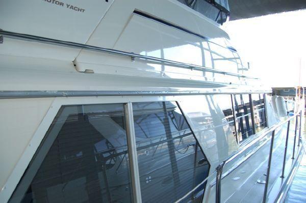1998 carver 445 aft cabin motor yacht  3 1998 Carver 445 Aft Cabin Motor Yacht