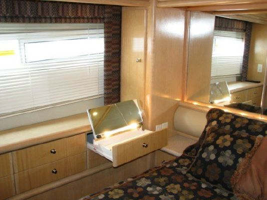 1998 carver 455 aft cabin w hard top  13 1998 Carver 455 Aft Cabin W/Hard Top