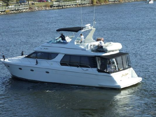 1998 Carver 530 Voyager 610 Hp Volvos Boats Yachts For