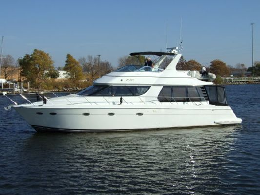 1998 Carver 530 Voyager (610 HP VOLVOS) - Boats Yachts for sale
