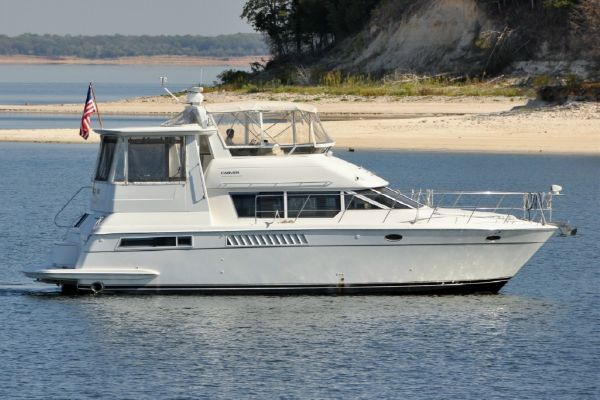 1998 carver yachts 455 motor yacht  1 1998 CARVER YACHTS 455 motor yacht