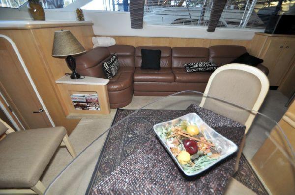 1998 carver yachts 455 motor yacht  12 1998 CARVER YACHTS 455 motor yacht