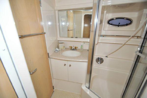 1998 carver yachts 455 motor yacht  14 1998 CARVER YACHTS 455 motor yacht