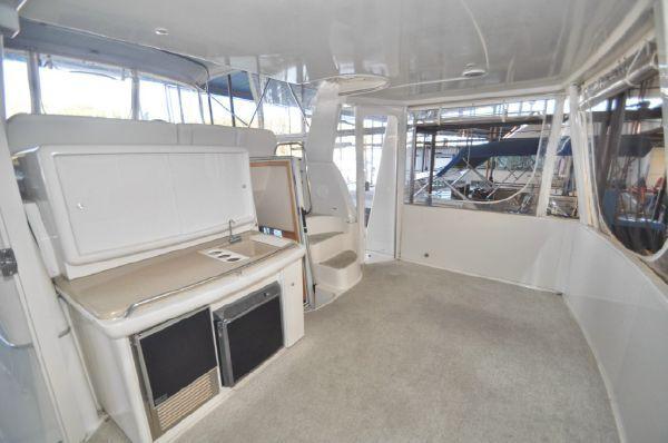 1998 carver yachts 455 motor yacht  2 1998 CARVER YACHTS 455 motor yacht
