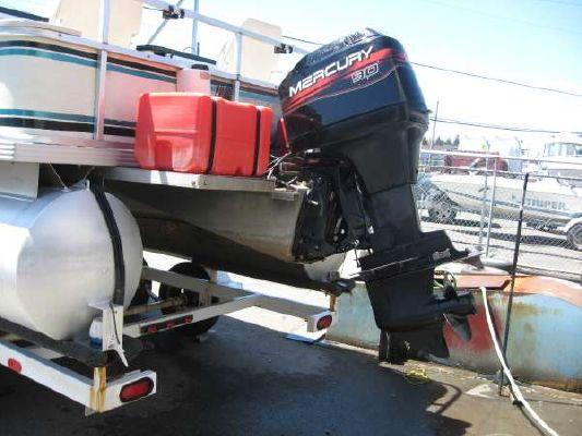 Crest 22' PONTOON 1998 Pontoon Boats for Sale