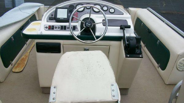 1998 crest pontoon boats super fisherman  10 1998 CREST PONTOON BOATS Super Fisherman