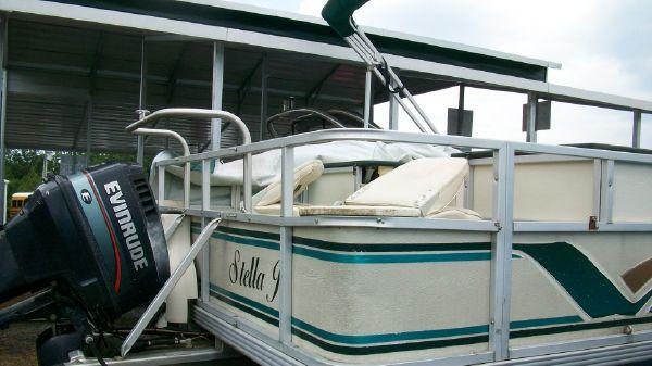 1998 crest pontoon boats super fisherman  4 1998 CREST PONTOON BOATS Super Fisherman