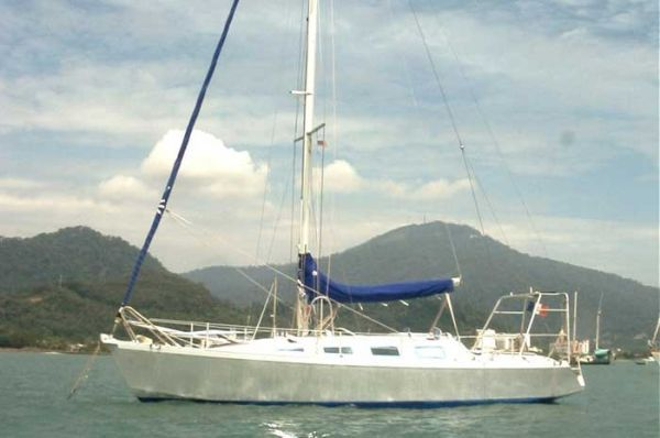 Meta France Outremer 37 1998 Boats for Sale & Yachts
