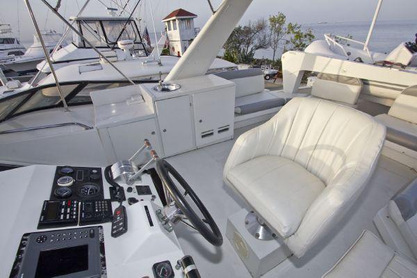 1998 navigator 53 classic  13 1998 Navigator 53 Classic
