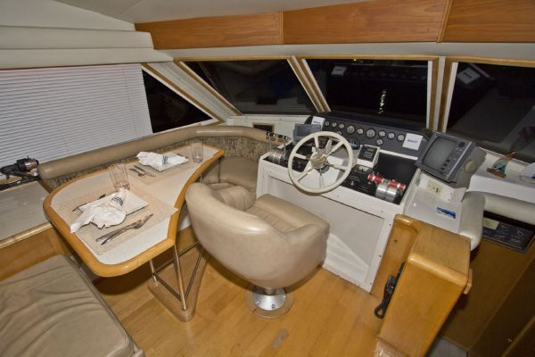 1998 navigator 53 classic  38 1998 Navigator 53 Classic