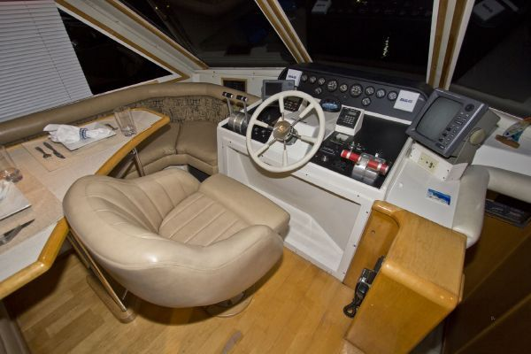 1998 navigator 53 classic  42 1998 Navigator 53 Classic