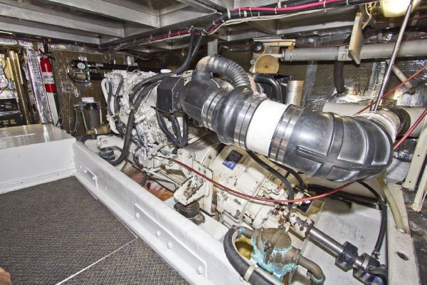 1998 navigator 53 classic  73 1998 Navigator 53 Classic