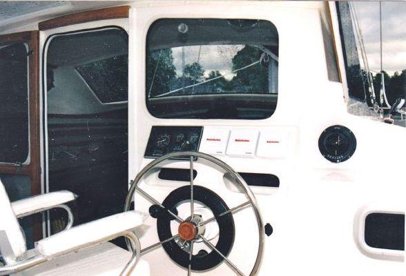 Performance Cruising Gemini 105M 1998 All Boats Gemini catamaran for sale