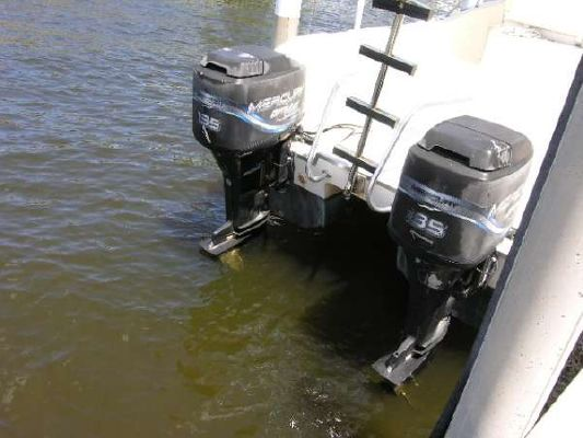 World Cat 246SF 1998 World Cat Boats for Sale