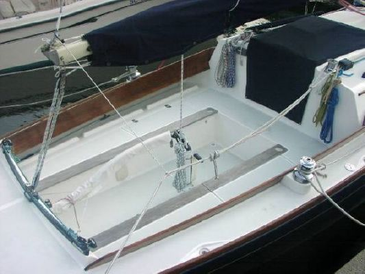 Alerion Express 28 with Kevlar sails 1999 All Boats