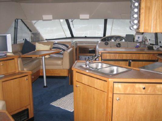 Bayliner 3988 CPMY 1999 Bayliner Boats for Sale