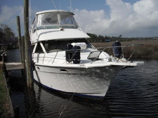 Bayliner 3988 Motoryacht 1999 Bayliner Boats for Sale