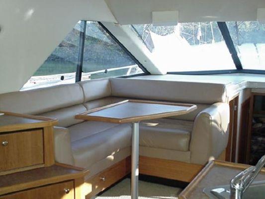 Bayliner 3988 MY 1999 Bayliner Boats for Sale