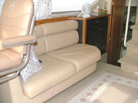 Bayliner 4087 CMY 1999 Bayliner Boats for Sale