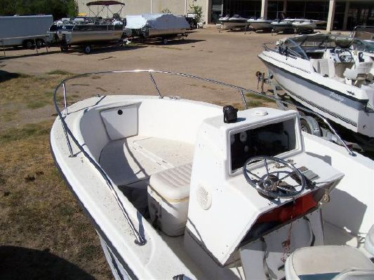 Bayliner Trophy 190CC 1999 Bayliner Boats for Sale