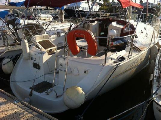 1999 beneteau oceanis 311 clipper  2 1999 Beneteau Oceanis 311 Clipper