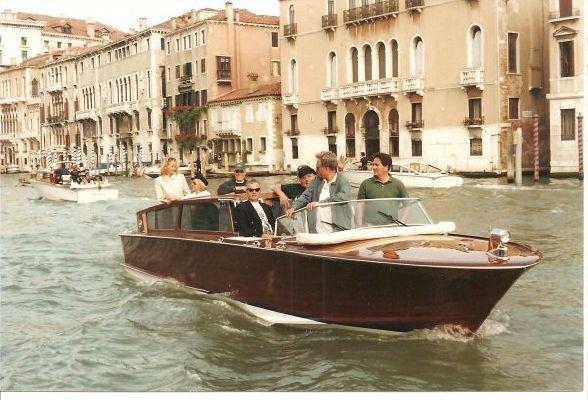 Cantiere Motonautico Serenella Venetian Luxury Motor Limousine 1999 Motor Boats