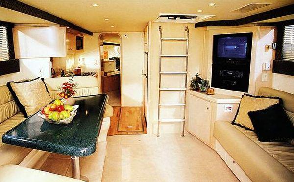 Carver 350 Mariner 1999 Carver Boats for Sale