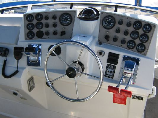 Carver 404 CMY 1999 Carver Boats for Sale