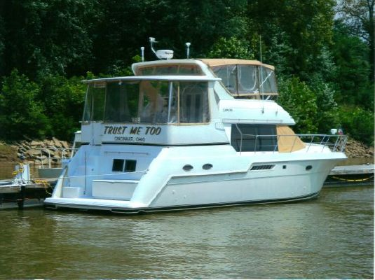 Carver 406 Motor Yacht *Fresh Water* 1999 Carver Boats for Sale