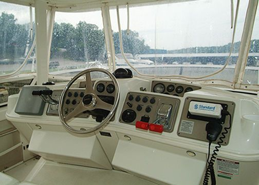 1999 carver yachts 456 motor yacht  2 1999 CARVER YACHTS 456 Motor Yacht
