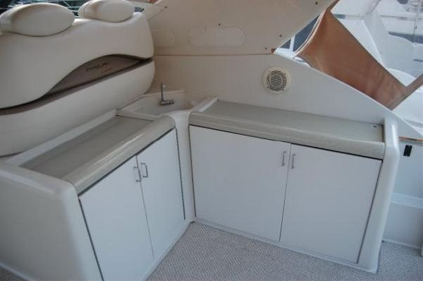 1999 carver yachts trojan 440 express  13 1999 CARVER YACHTS Trojan 440 Express