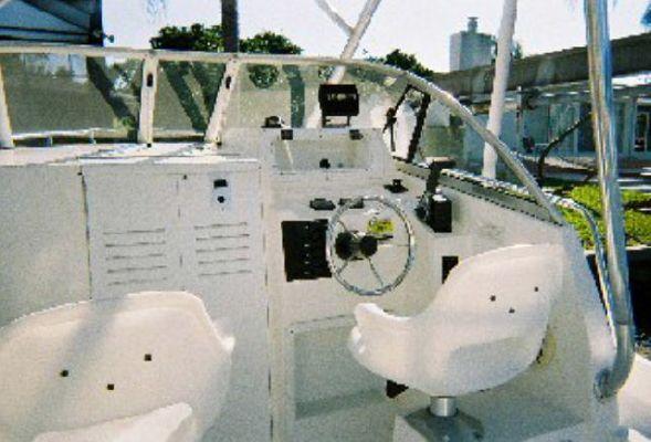 1999 cobia boats 220 wa  2 1999 COBIA BOATS 220 WA