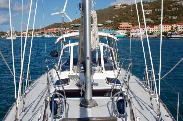 Hylas 1999 All Boats