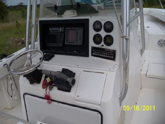 1999 regulator forward seating 26 center console boats. Black Bedroom Furniture Sets. Home Design Ideas