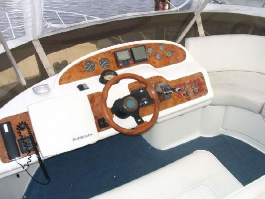 1999 sealine motor yacht  18 1999 Sealine Motor Yacht