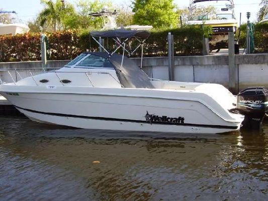 Wellcraft 270 COASTAL CUDDY TWIN OUTBOARD 1999 Wellcraft Boats for Sale