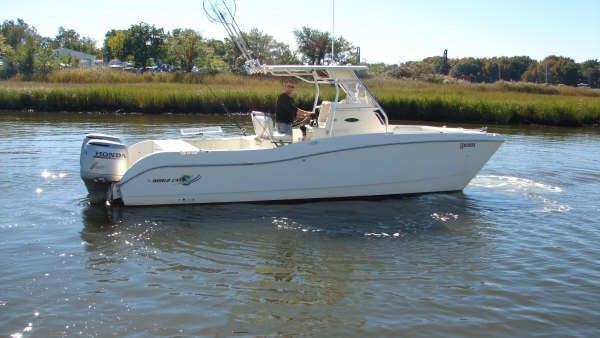 World Cat 246 SF Center Console 1999 World Cat Boats for Sale