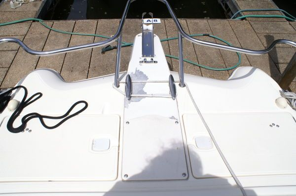 World Cat 246SF 1999 World Cat Boats for Sale