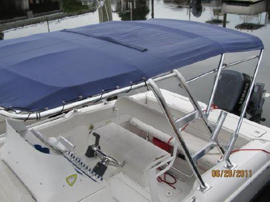 Avenger Open 25 SC Carbriolet 2000 All Boats
