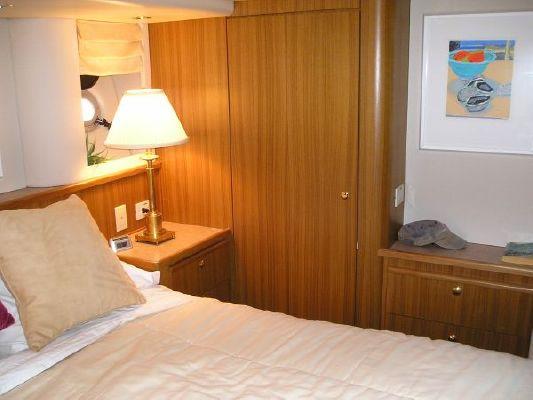 Bayliner 5788 Pilot House Motoryacht 2000 Bayliner Boats for Sale