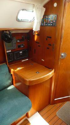 2000 beneteau 311 sloop  11 2000 Beneteau 311 Sloop