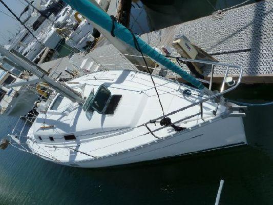 2000 beneteau 311 sloop  3 2000 Beneteau 311 Sloop