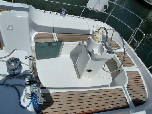 2000 beneteau 311 sloop  5 2000 Beneteau 311 Sloop